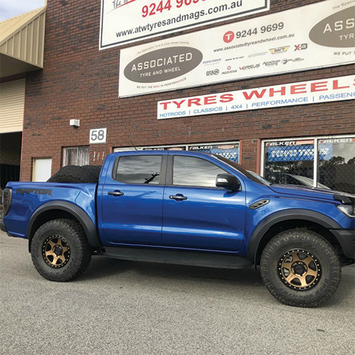 17inch method wheels con6 on ford ranger