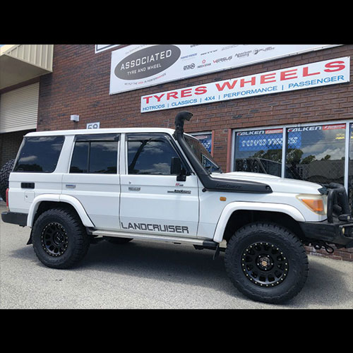 Method Race Wheels NV305 17 inch on 76 series Landcruiser