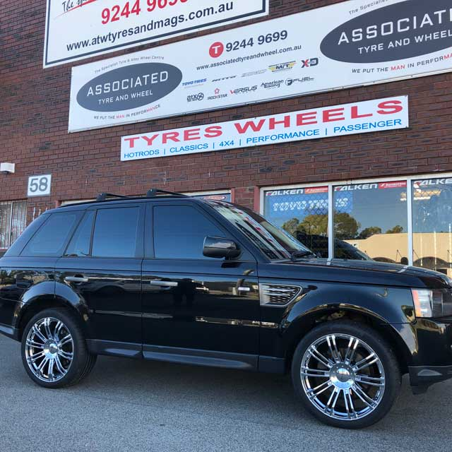 22 inch Continental tyres on Rangerover