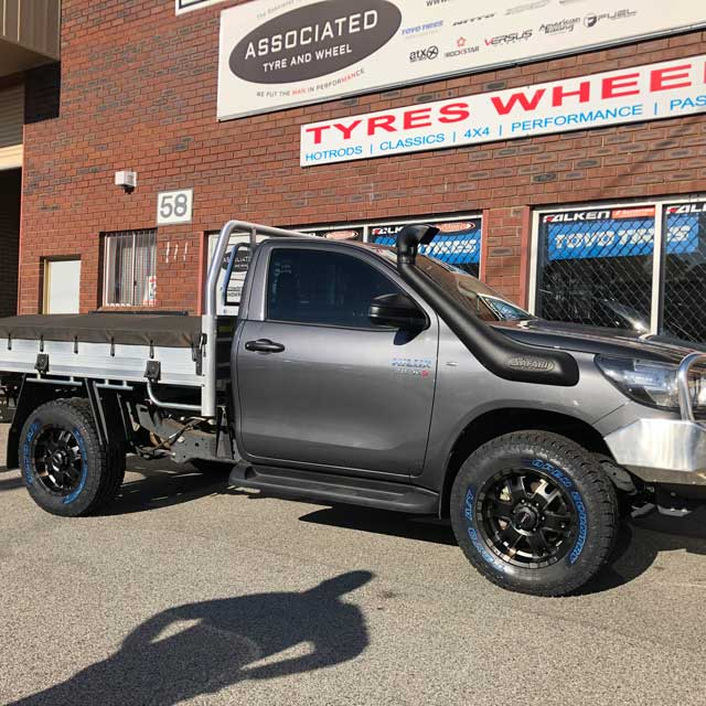 Versus Wheels Perth Versus Gridlock on Toyota Hilux