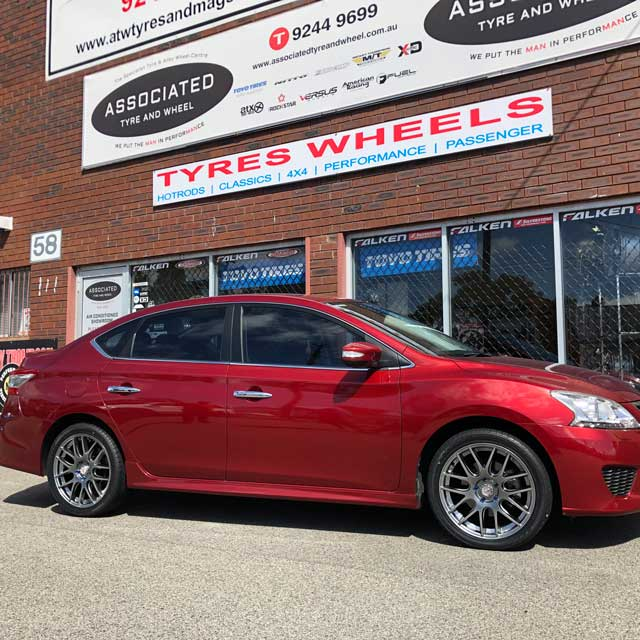 Hussla Wheels Mesh 18 inch on Nissan Pulsar