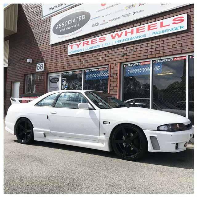Hussla Wheels Billz Staggered 19 inch on Skyline