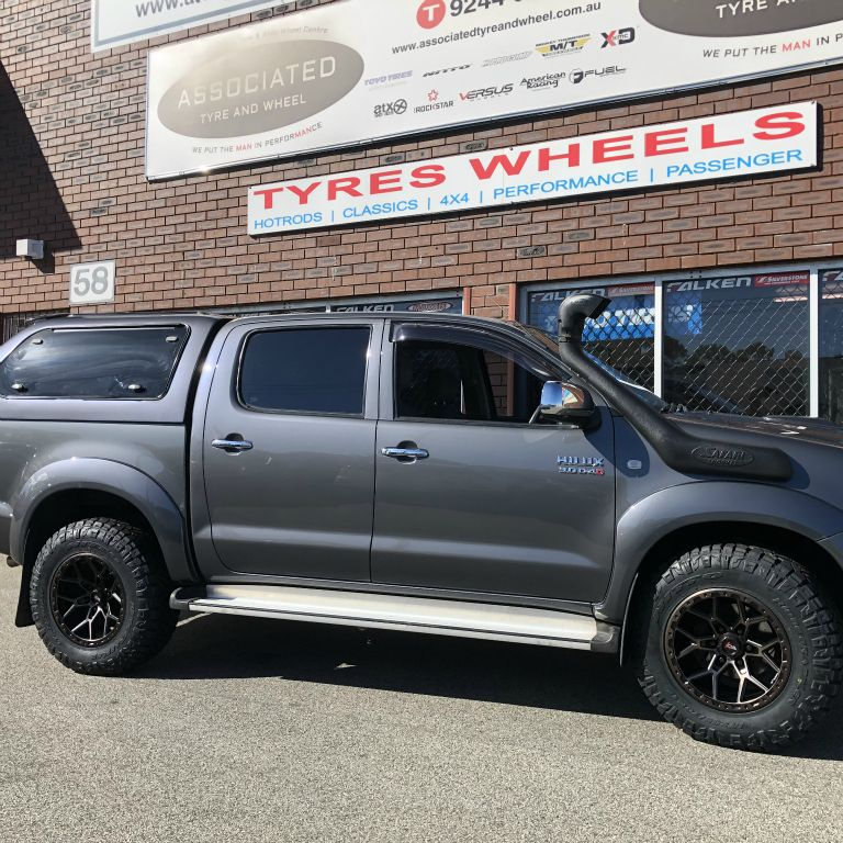 17 inch offroad armour predator rims on toyota hilux