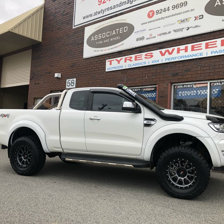 17 inch offroad armour rims on ford ranger xlt
